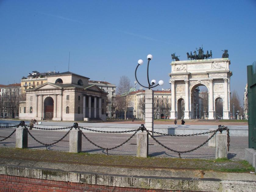 Arco della Pace, initially intended to commemorate Napoleon's entry to the city