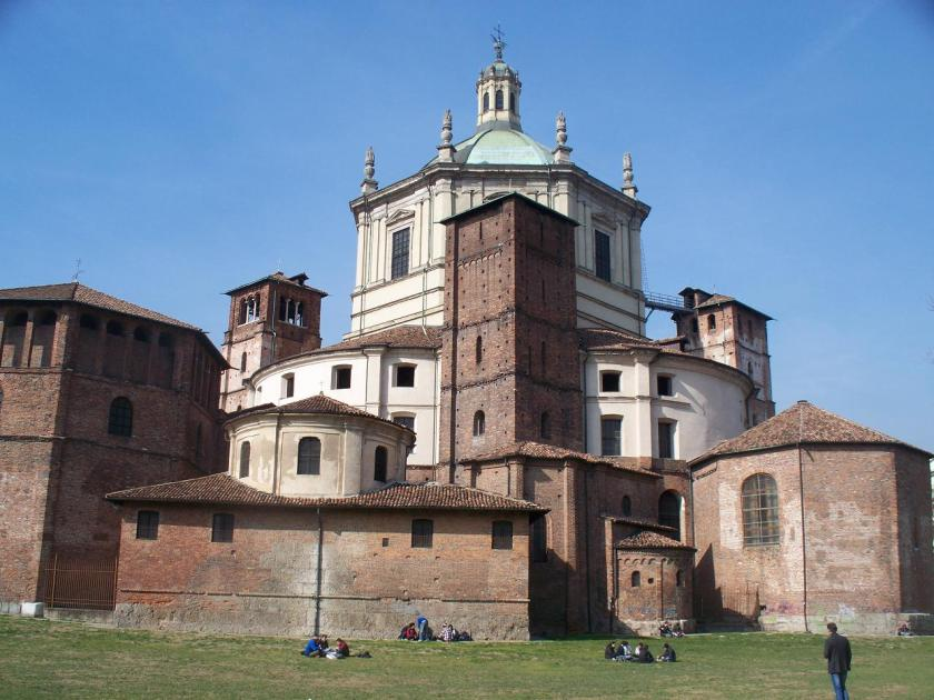 The rear of San Lorenzo alle Colonne. Public executions used to take place here in the middle ages.
